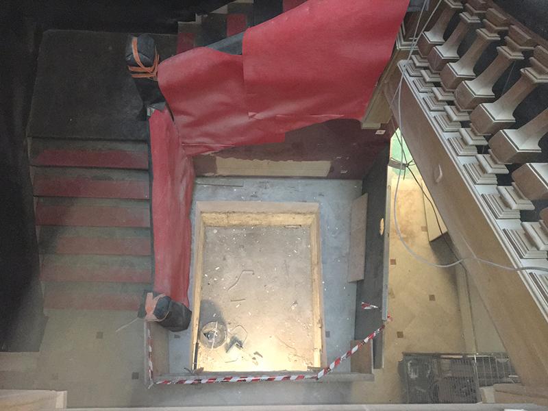 Ascenseur 480 kg 4 niveaux vitré